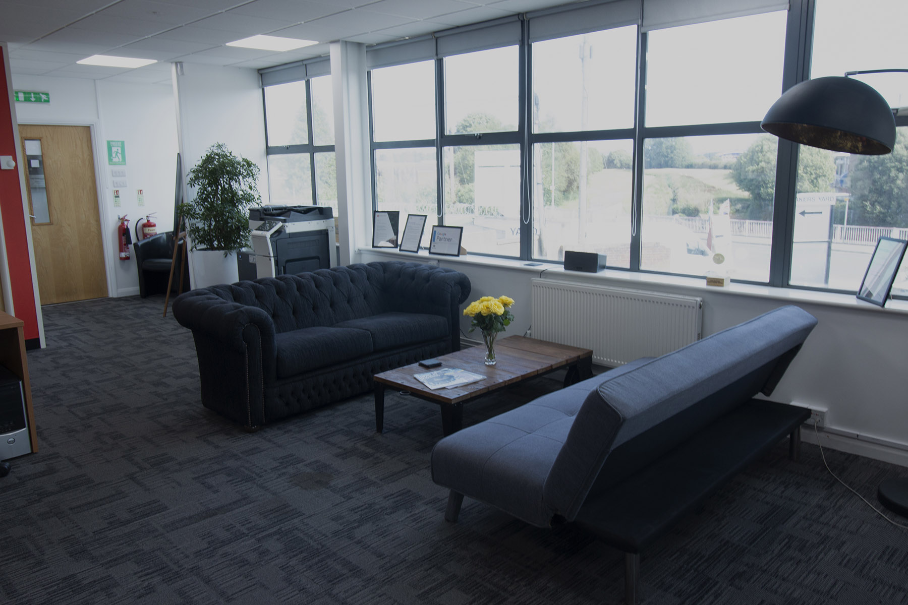 Optix_Solutions_Office_Environment_Lounge